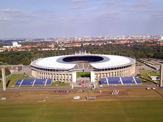 View_of_the_Olympic_Stadium_from_above