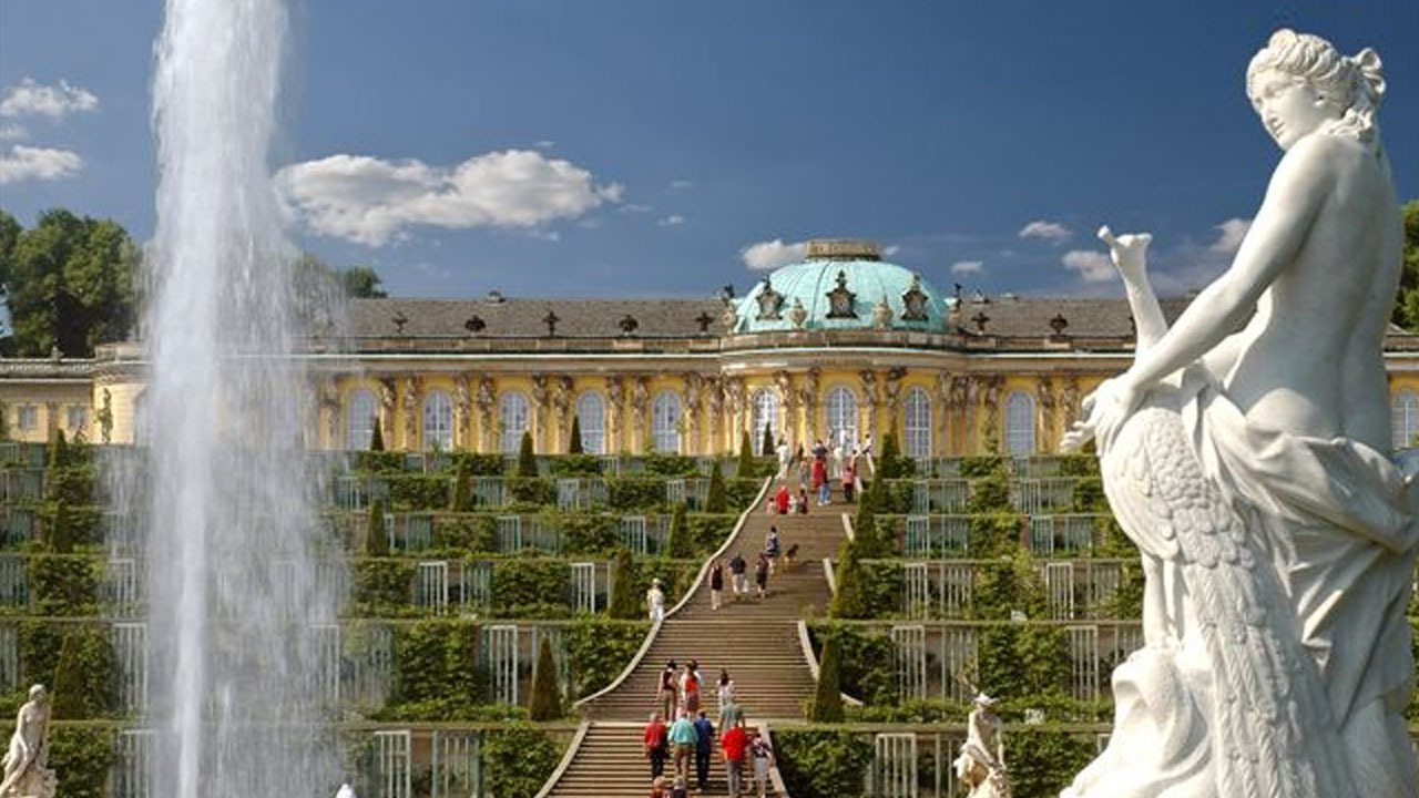 Sanssouci palace including entry and parks in Potsdam