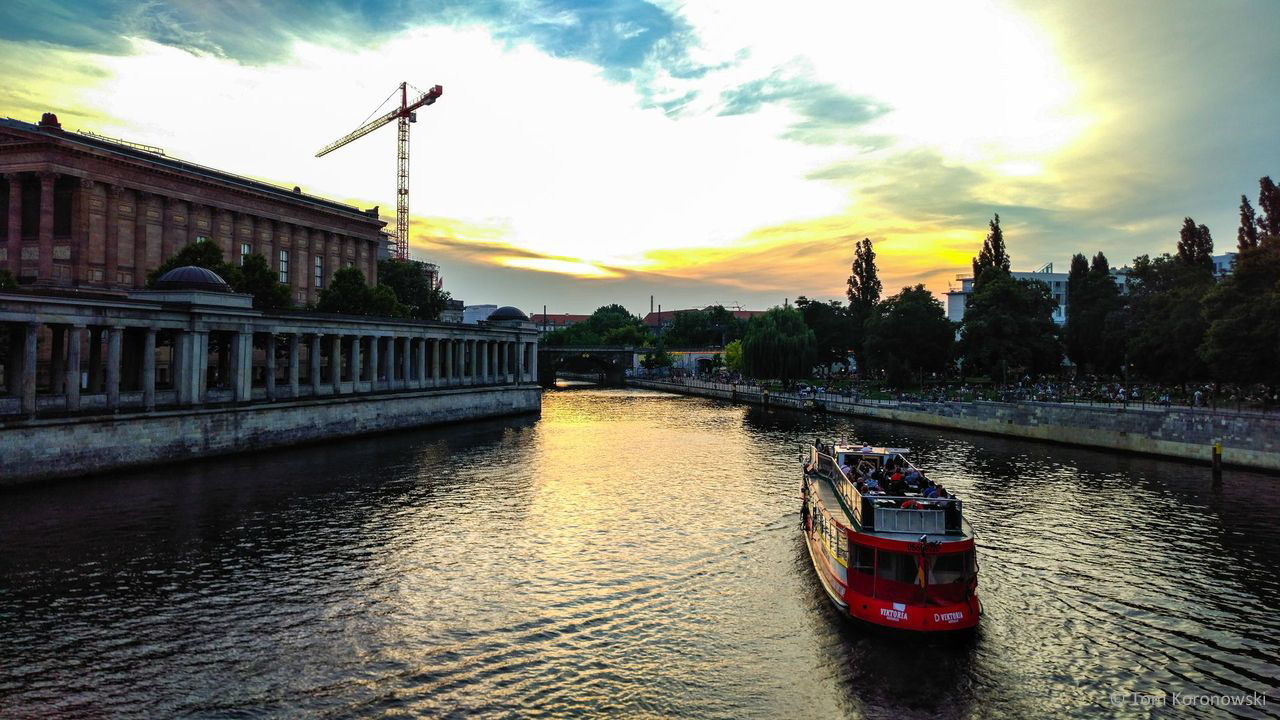 Bridges of Berlin: 3-Hour Evening Boat Tour