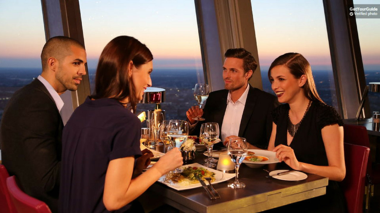 ohne anstehen vip dinner im berliner fernsehturm. Black Bedroom Furniture Sets. Home Design Ideas